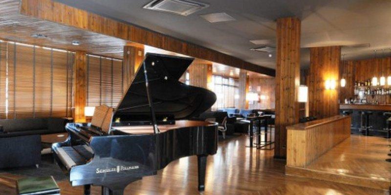 PIANO BAR Montarto Hotel